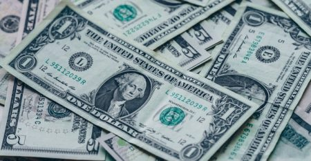 photography-of-one-us-dollar-banknotes-545064
